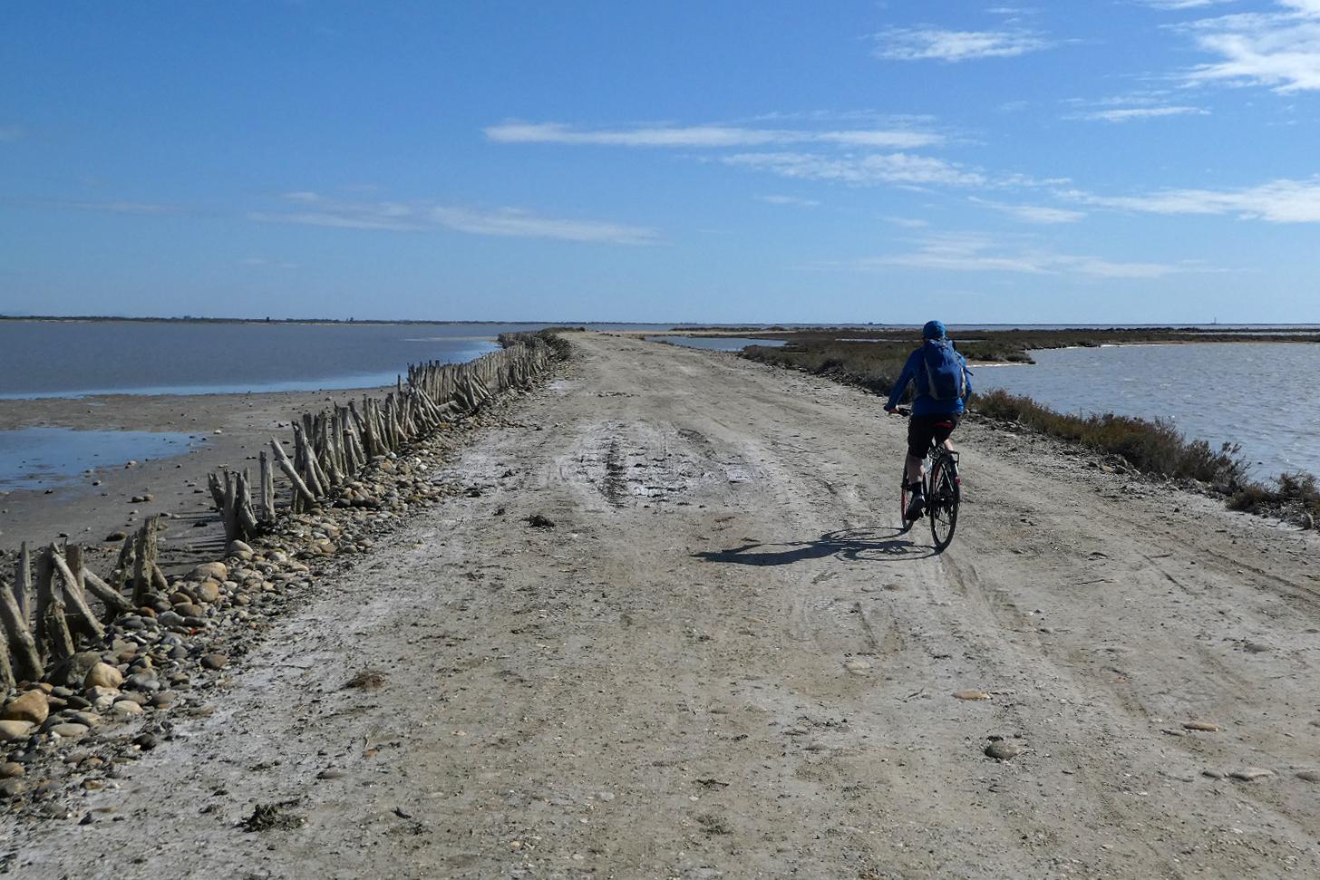 cykeltur på Digue à la Mer