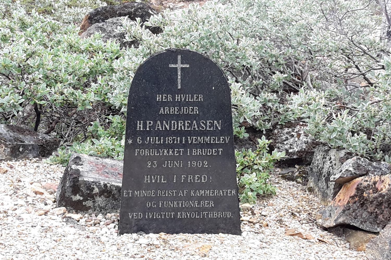 gravsten på kirkegården i Ivittuut